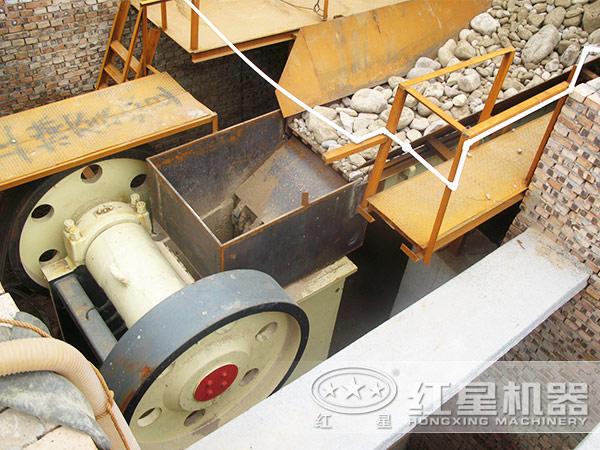 69型碎石机生产现场
