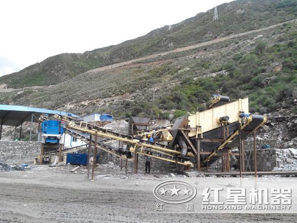 VSI石英石制砂机生产现场